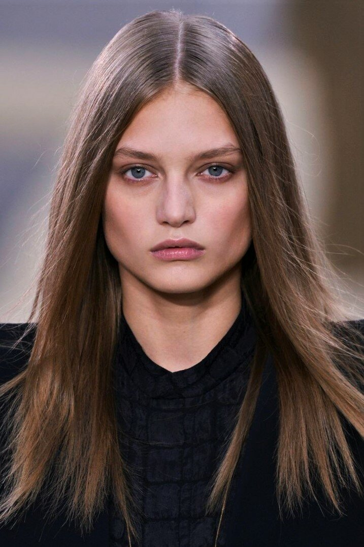 естественный пробор на волосах стрижки