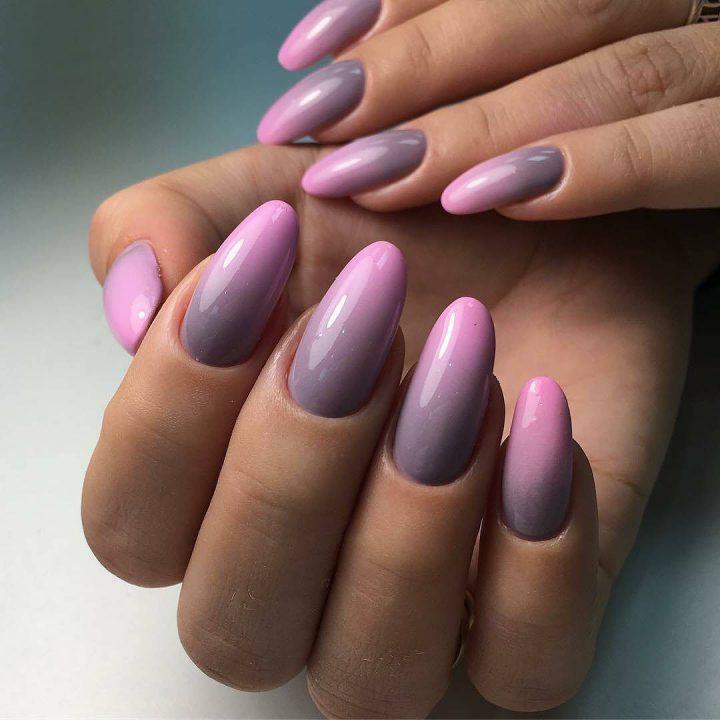 Идеальное сочетание серого и розового в маникюре тихника омбре.