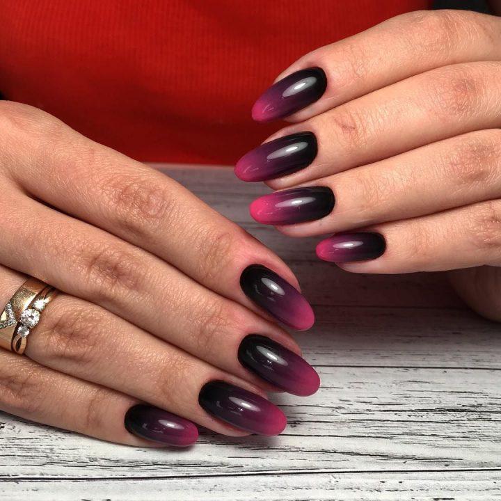 Темный маникюр омбре гель лак, ногти натуральные.